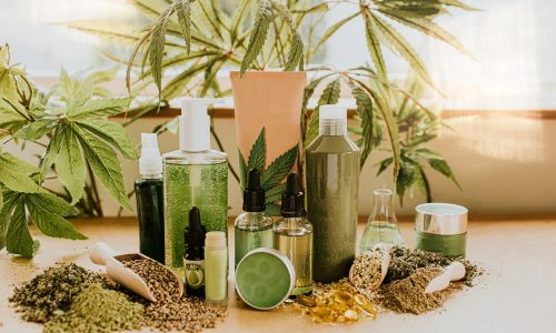 dermatologists-chime-in-on-the-effectiveness-of-cbd-beauty-products